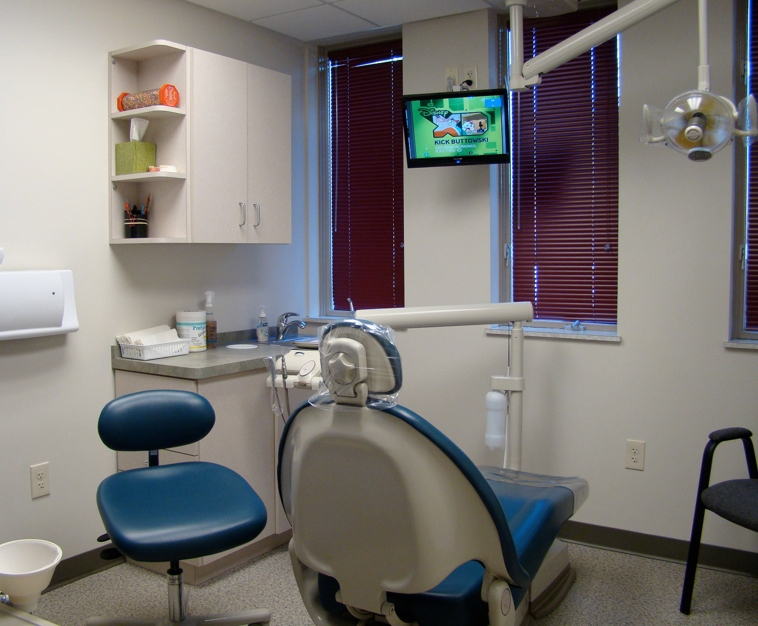 how to get hospital privileges as a dentist